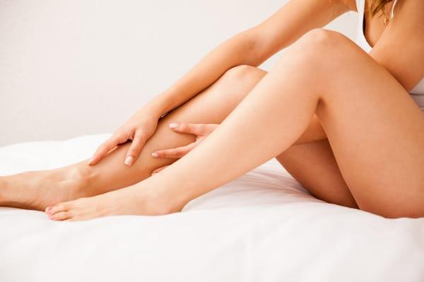 Болят ноги перед месячными